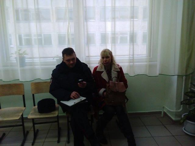 УИК, Краснокамский район. Полицейский составляет протоол