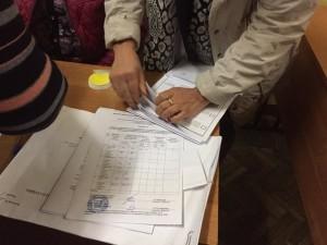 УИК 956, Рязань. Подсчёт бюллетеней с нарушениями. Фото: С.Иванова